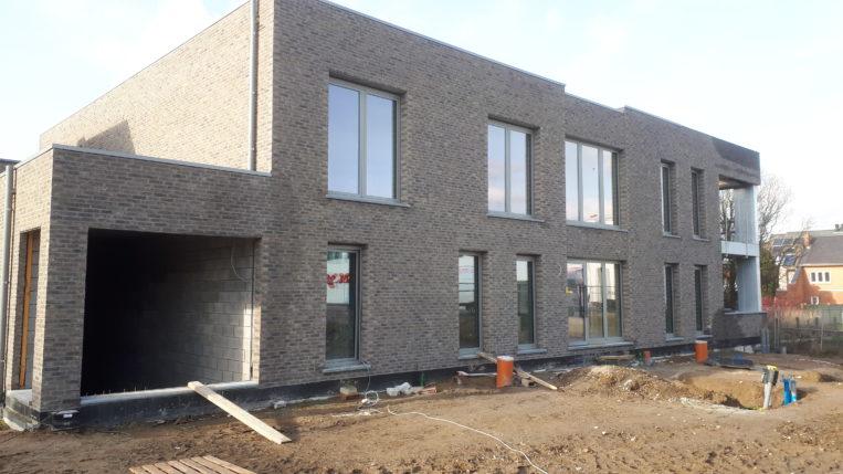 Nieuwbouwproject Mouveldstraat Nieuwerkerken in afwerkingsfase